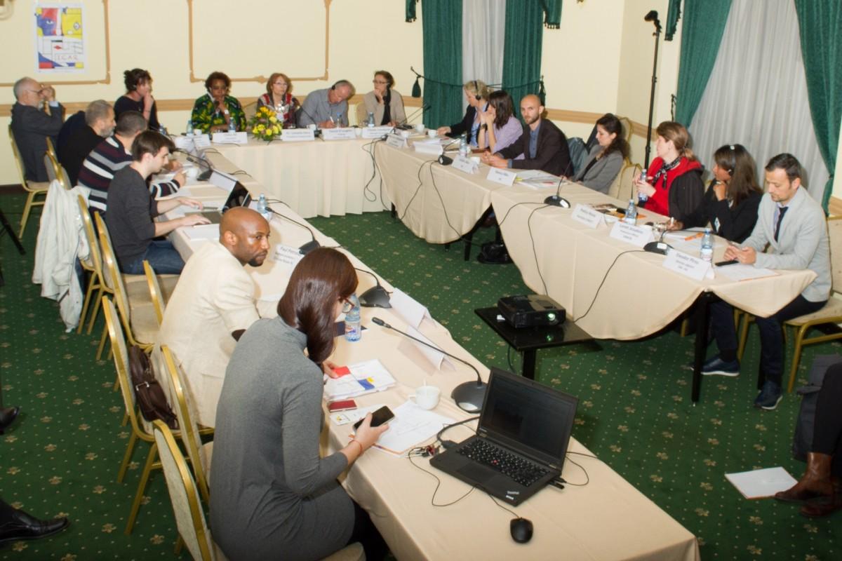 "Dezbatere ""Imigrant in Romania – Resurse si servicii pentru integrare"" - slide 5"