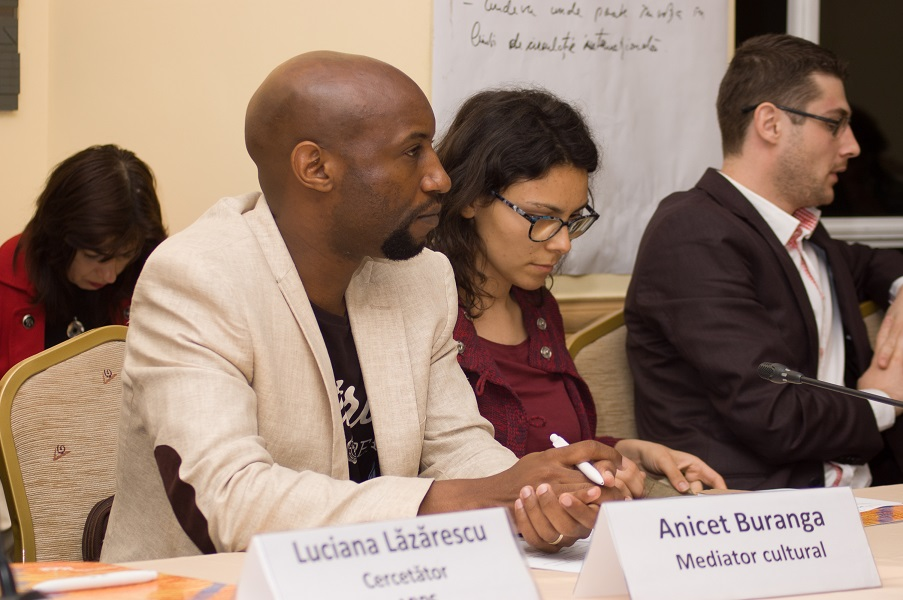 "Dezbatere ""Imigrant in Romania – Resurse si servicii pentru integrare"" - slide 8"