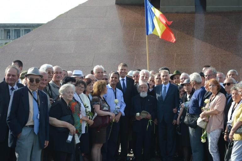 Inaugurare a monumentului Aripi - slide 7